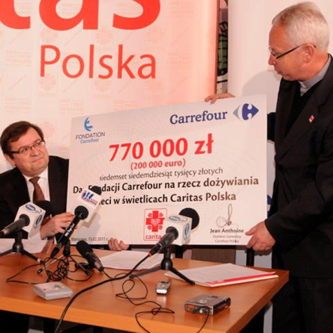 'A meal from Carrefour' by Caritas Poland