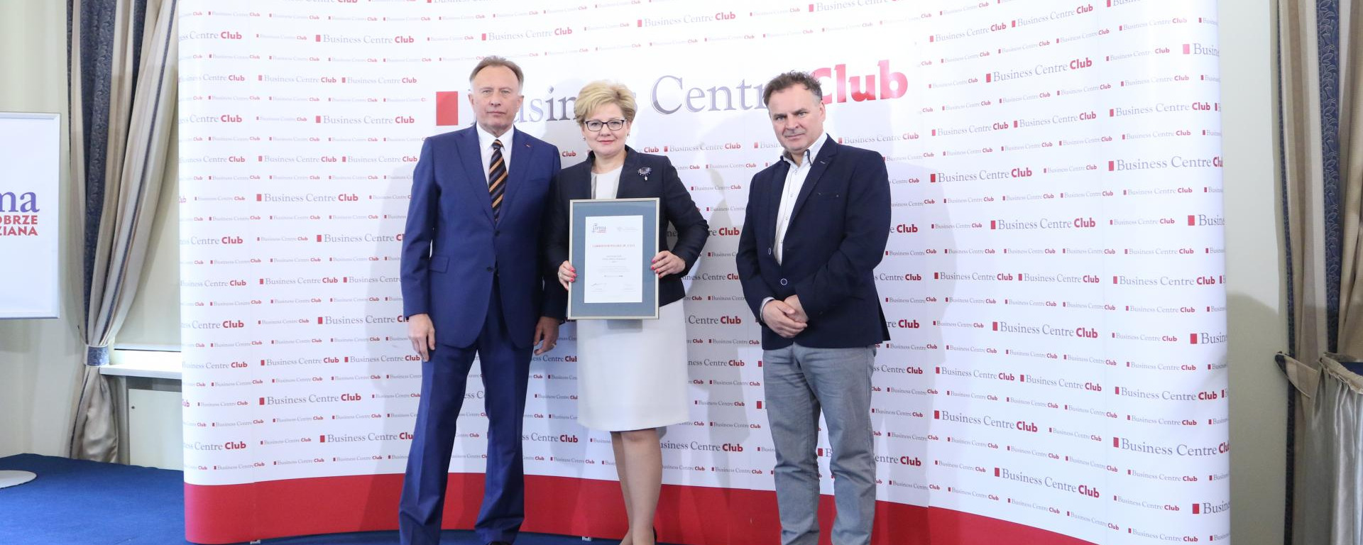 Carrefour Poland won two awards for its CSR activities