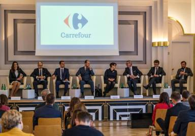 Carrefour joins the government's program of development of electromobility in Poland