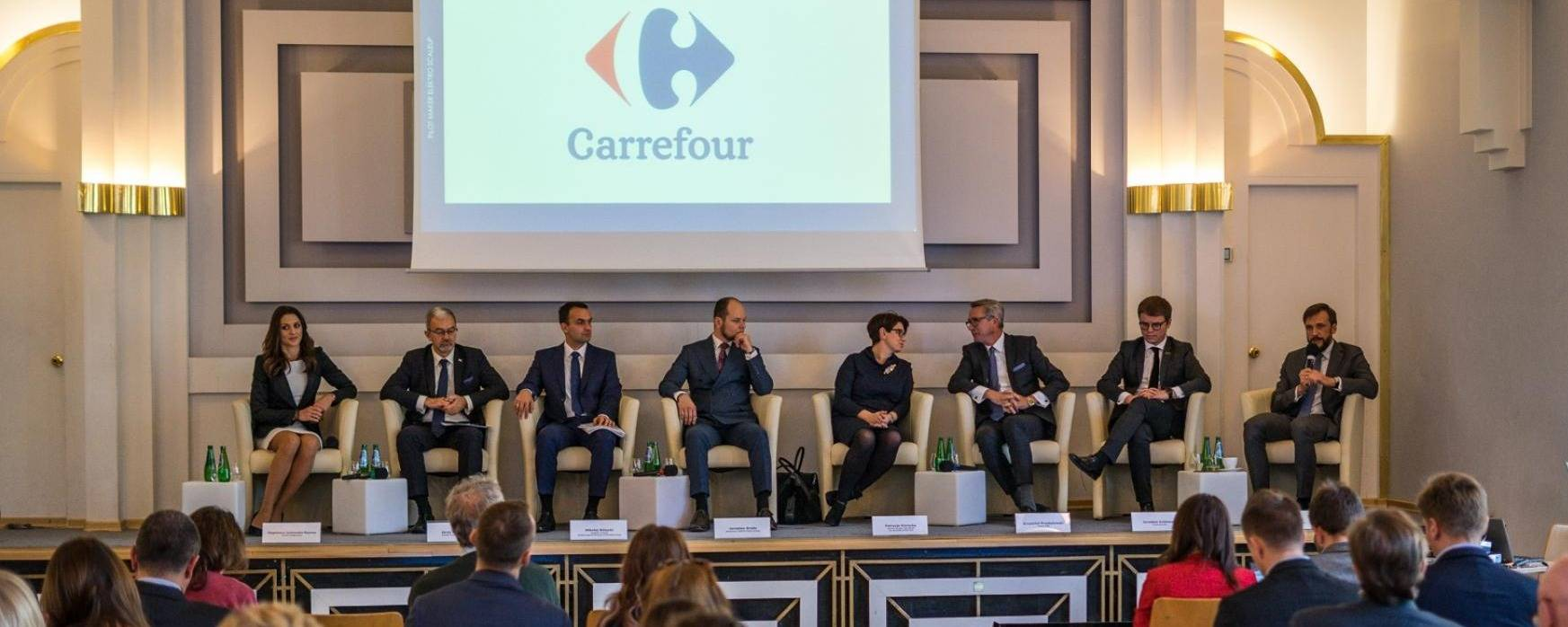 Carrefour joins the program of development of electromobility